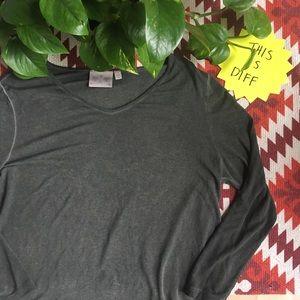 3/$25 DANTELLE Burnout Distressed Tunic Tshirt M